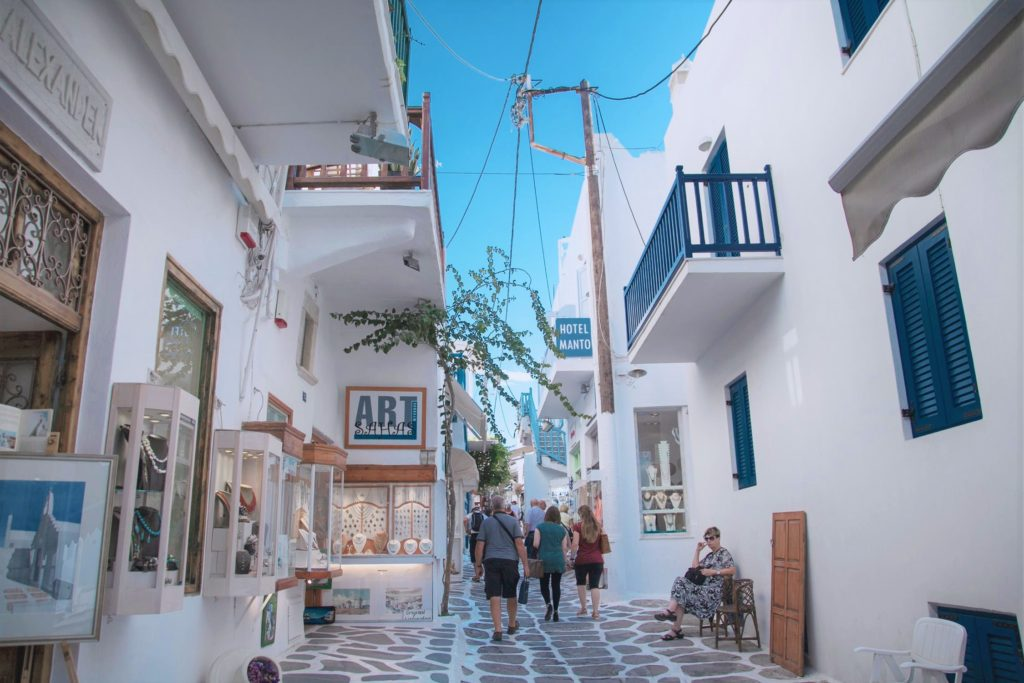 Greece tour with island hopping, Mykonos shopping