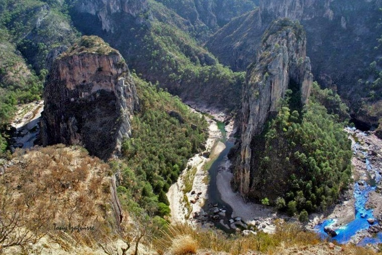 winding river copper canyon